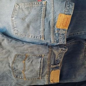 2 Pairs 40x32 Jeans Am.Eag./Levis